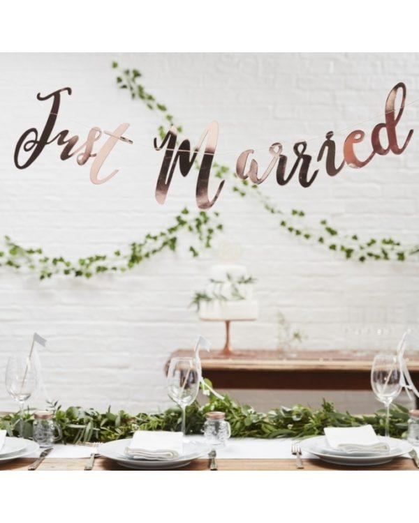 Just married banneri häihin