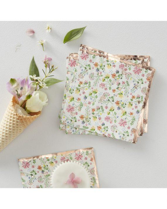 Ditsy floral kahviservetit