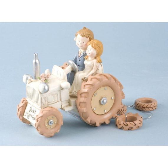 Hääkakkukoriste vintage traktori