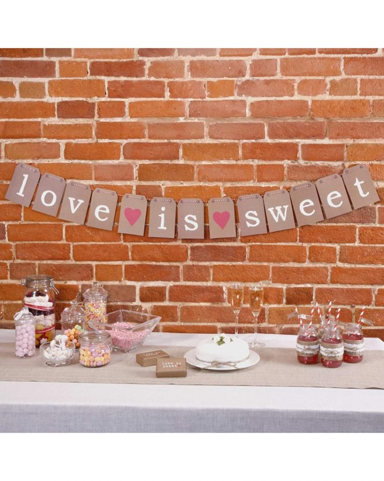 Love is sweet banneri