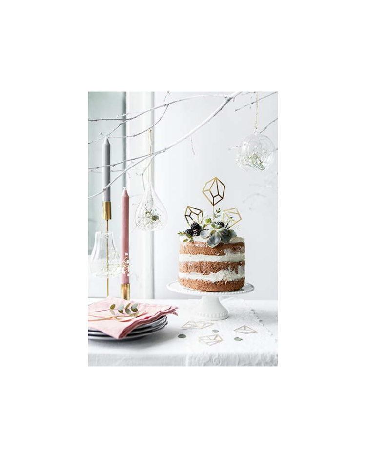 Timantinmuotoiset kakkukoristeet